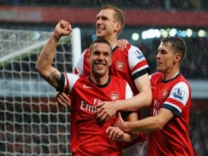 Arsenal Dipuncak Klasemen Group Liga Champions