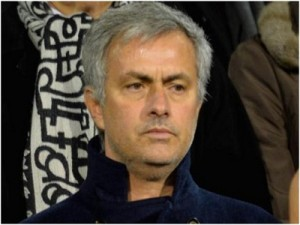 Jose Mourinho Mengolok-olok Mike Riley